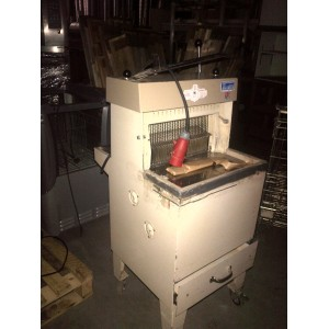 Broodsnijmachine JAC, 380V, occasion